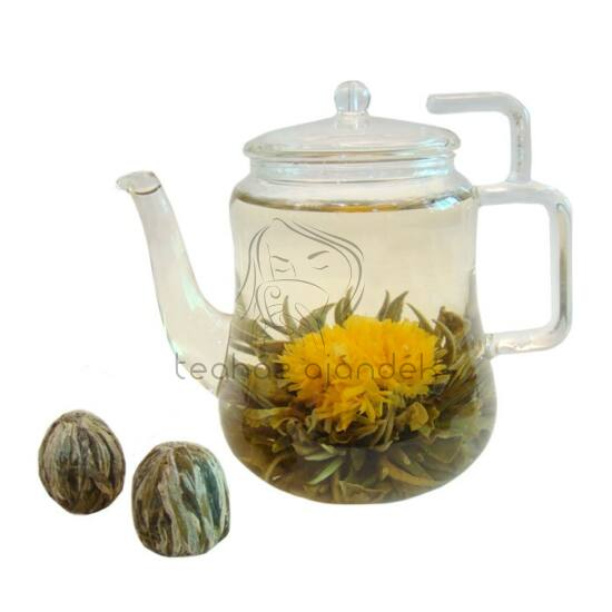 """""""Felkelő nap"""" virágzó tea"""