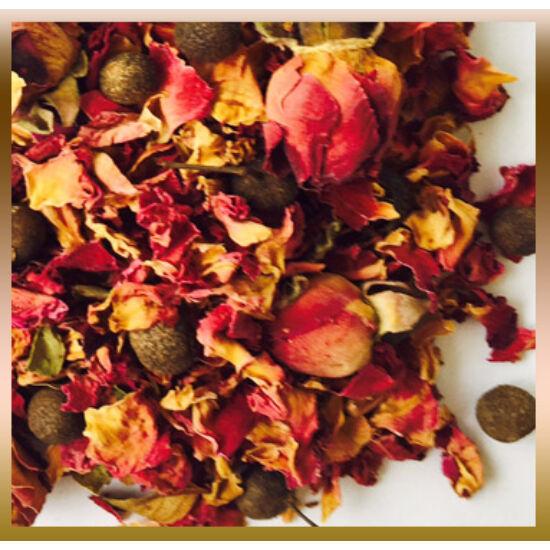 Rózsa tea szegfűborssal