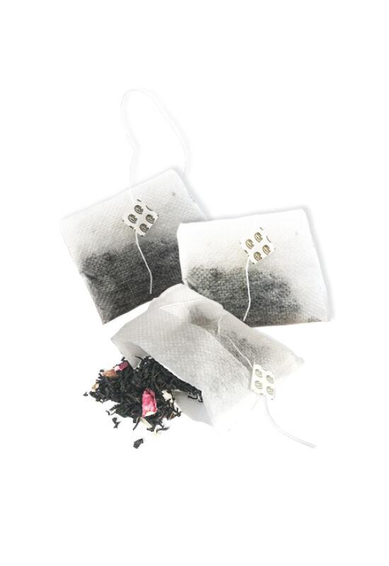 Tea &Tonic feketetea-keverék MegA teafilterben