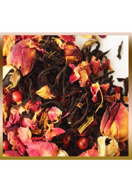 Rózsa és fekete tea rózsaborssal